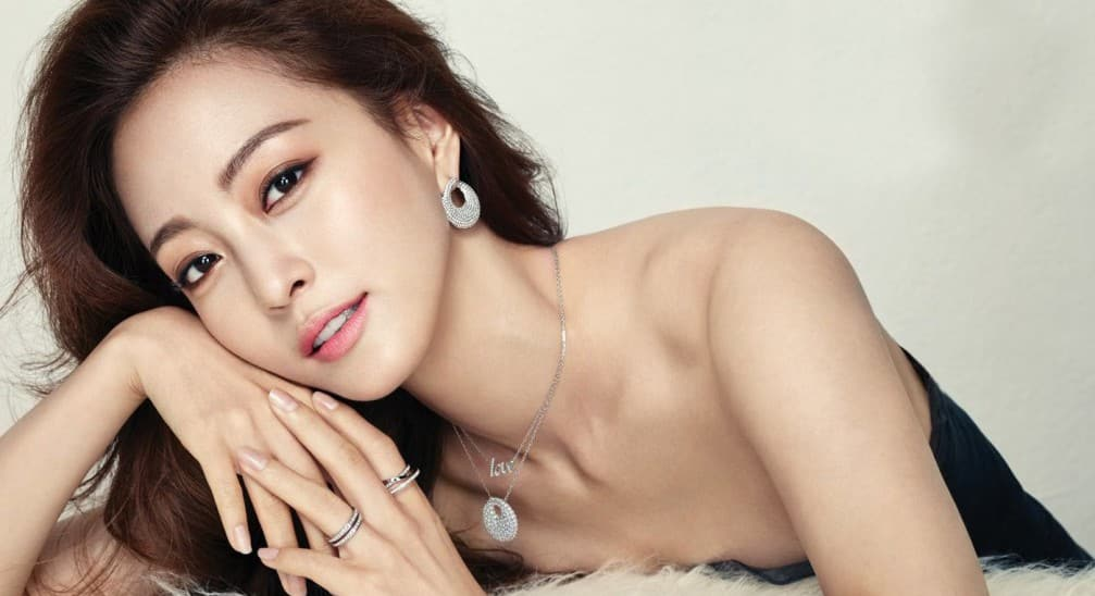 korean actresses naked body