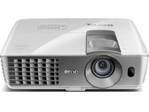 1. BenQ W1070 1080P 3D Home Theater Projector