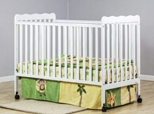 5. Dream On Me Classic 2 in 1 Convertible Stationary Side Crib
