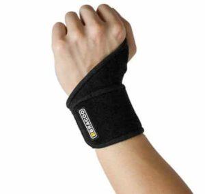 3. Bracoo Breathable Neoprene Wrist Wrap