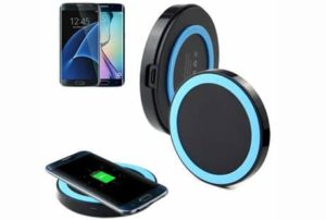 8. Landfox Wireless Charger for Galaxy S7 and S7 Edge