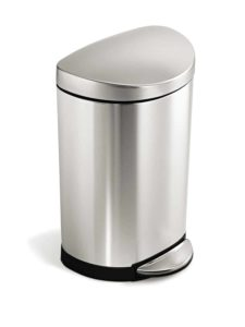 Top 10 Best Kitchen Trash Cans in 2019 1