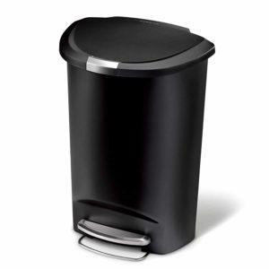 Top 10 Best Kitchen Trash Cans in 2019 15