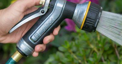 Top 10 Best Garden Hose Nozzles In 2019